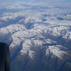 スイスアルプス フランクフルトからミラノへ移動中に見る事が出来ました! 飛行機移動中に見える景色は得した気分になりますね