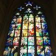Prague, Czech Republic  聖ヴィート大聖堂のステンドグラス