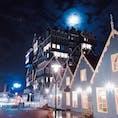 ホーンテッドマンションにしか見えない、月夜のzaandam駅前🇳🇱