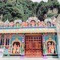 バトゥ洞窟の隣にあった建物です。 カラフルなガネーシャやヒンドゥー教の神々がたくさんおりました!