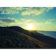 鳥取砂丘で日の入りが見れました! 青空がとてもいい感じでした( ¨̮ )