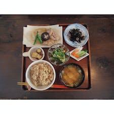 仙川にあるカフェ「ニワコヤ」の玄米のお膳。  #東京 #ランチ #カフェ #玄米