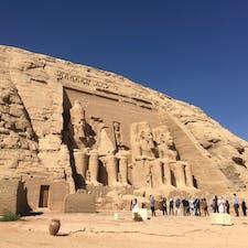 久々のアブシンベル神殿。 この時期でも南部エジプトは暑い!