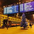 クリスマス前のブダペスト西駅。なんかレトロで趣きが🙆♀️