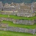 2,300mもの高山にあるマチュピチュ。昔の人は、沢山の石で村を作ったなんて…考えられない!!  インカの人たちの賢さにはamaging!!