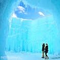 千歳支笏湖氷濤まつり、始まりました! 2/17(日)まで、期間中の土日は18:30より花火も打ち上がります。夜のライトアップも素敵ですが、支笏湖ブルーが存分に感じられる昼間の氷濤もおススメです❄️