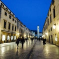 #クロアチア #ドゥブロヴニク #旧市街 #夜景 オフシーズンのドゥブロヴニクは人も少ない。だからこそ、のんびりと。