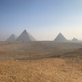 エジプト。ギザのピラミッド。5000年前にできたピラミッドを今見ていると思うとすごく不思議な気持ちになります。