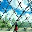 札幌市郊外の方にあるモエレ沼公園。ガラスのピラミッドの中は太陽に反射されていて、涼し気な見た目とは裏腹にねっとり暑かった。