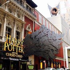 New York/Broadway Harry Potter and the Cursed Child  ニューヨークのブロードウェイミュージカル、ハリーポッター♪ 約5時間の長編です!