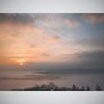 雲海と朝日 広島、高谷山展望台からの景色 180°の雲海は是非一度は見て欲しい景色🌥