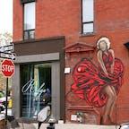 New York/SOHO The Ridge Hotel  Eldridge Street沿いの壁に描かれたマリリン・モンローは、ストリートアーティストのZIMERの作品。 #zimernyc #zimer #streetartnyc