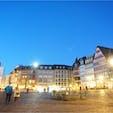 🇩🇪 ドイツ、フランクフルトのRömerberg(レーマー広場) おとぎ話の中にいるみたい😌 空港から20分位で着けるのでトランジット3.4時間あれば行けちゃいます!
